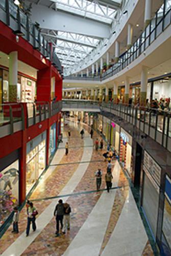 Centro Comercial Zaratan (Valladolid, Spain)